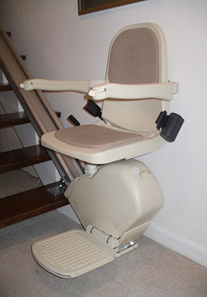 A pre-owned straight stairlift reconditioned by Stairlift Mobility Ltd